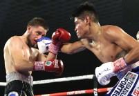 Emanuel_Navarrete_vs_Ruben_Villa_action4