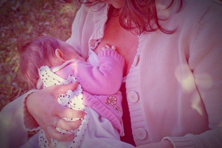 Breastfeeding, dental health