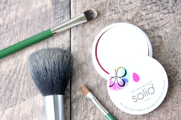 how to wash makeup brushes. how to wash makeup brushes | stop breakouts from dirty brushes! diy beauty recipes
