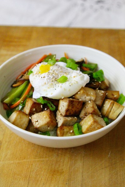 Easy Weeknight Meal: Oven Baked Tofu and Veggie Rice Bowls