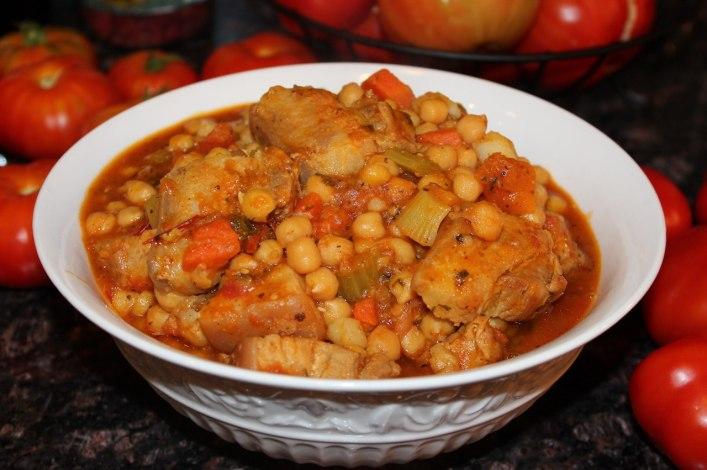 Chickpeas with pork belly stew. biteslife.com