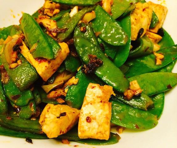 Spicy tofu with snow peas recipe