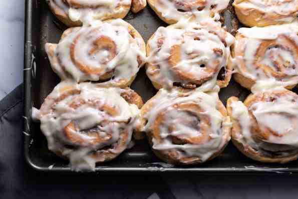 cream cheese frosted cinnamon rolls