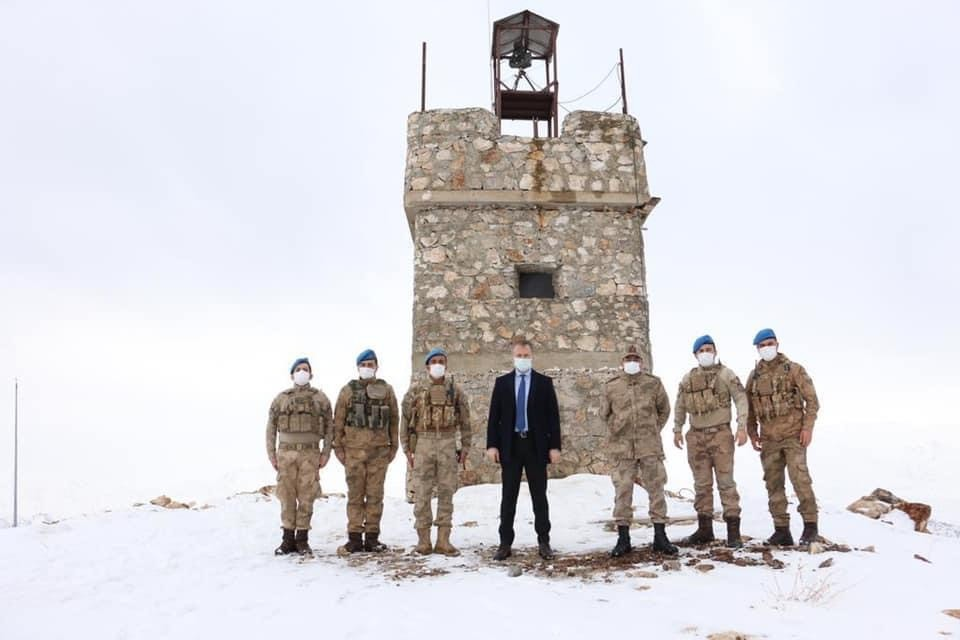 Kaymakam Yelek'ten askeri üs bölgesine ziyaret