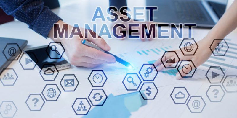 Business people working in office. Asset Management concept.