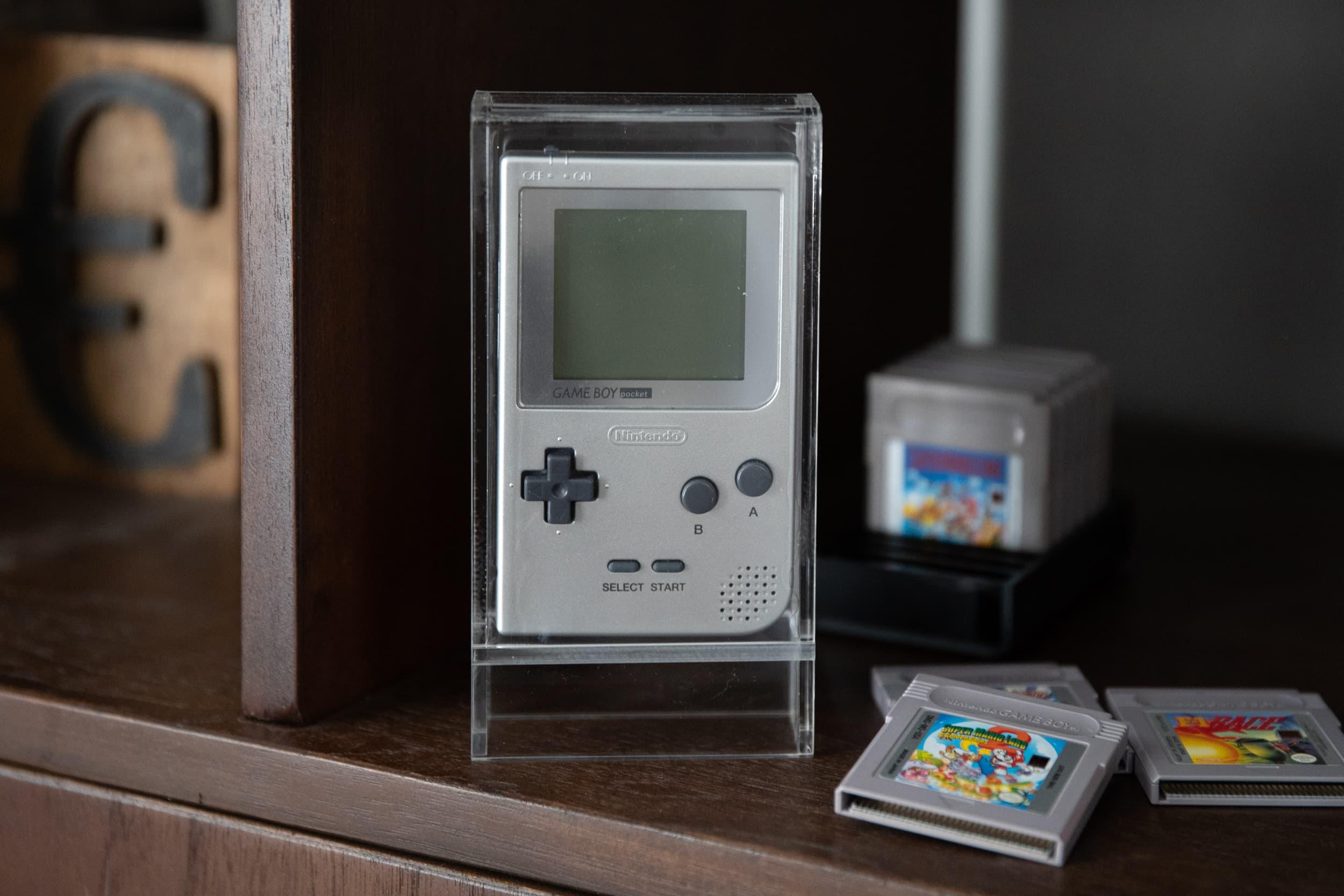 Game Boy Pocket CartVault
