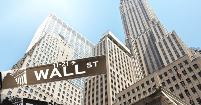 wall-street-invests-in-bitcoin-1000x520