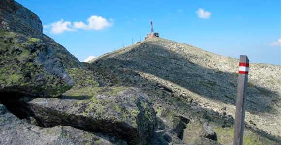 You are currently viewing Hiking Trail on Pelister – Rocky trail
