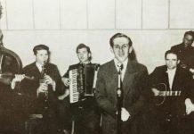 """Ајри Демировски со оркестарот на радио """"Битола"""" во 1950 година"""