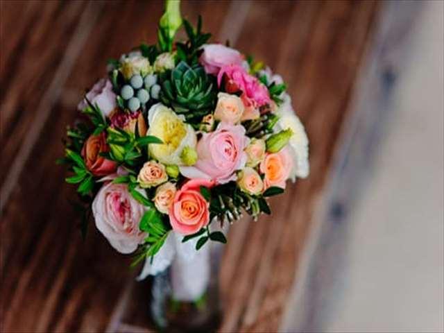 かわいい色の花束