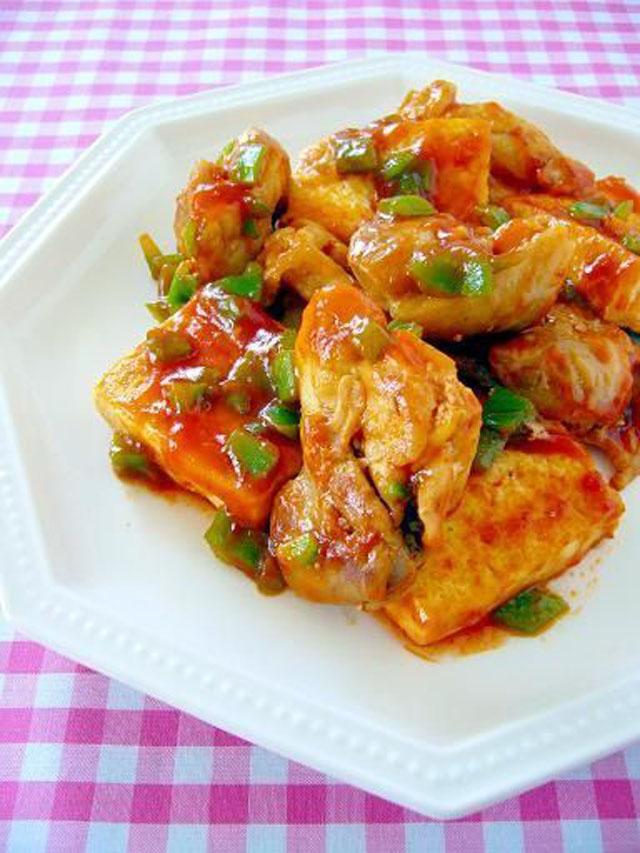 豆腐と鶏肉のチリソース炒め