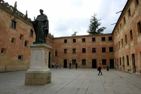 courtyard of University of Salamanca with statue of Fray Luis de Leon