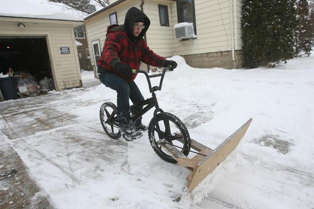 Snowplow bike