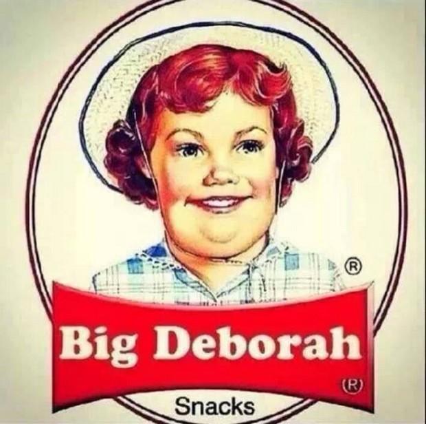 Big Deborak Snack Cakes