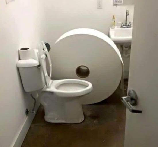 Big butt on toilet images 649