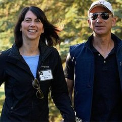Jeff Bezos fue trasladado de emergencia desde Galápagos, Ecuador