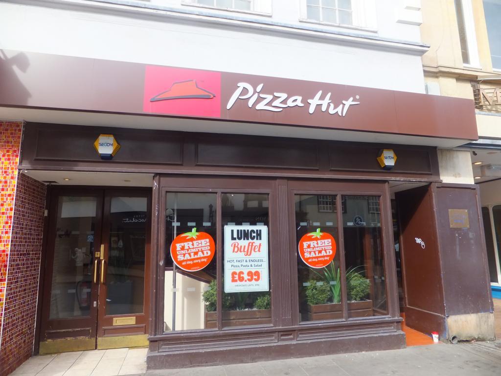 Pizza Hut High Street in Oxford