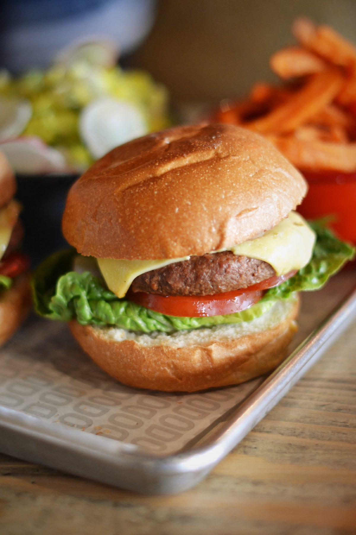 Rusty Bicycle Vegan Burger Review | Image Bitten Oxford