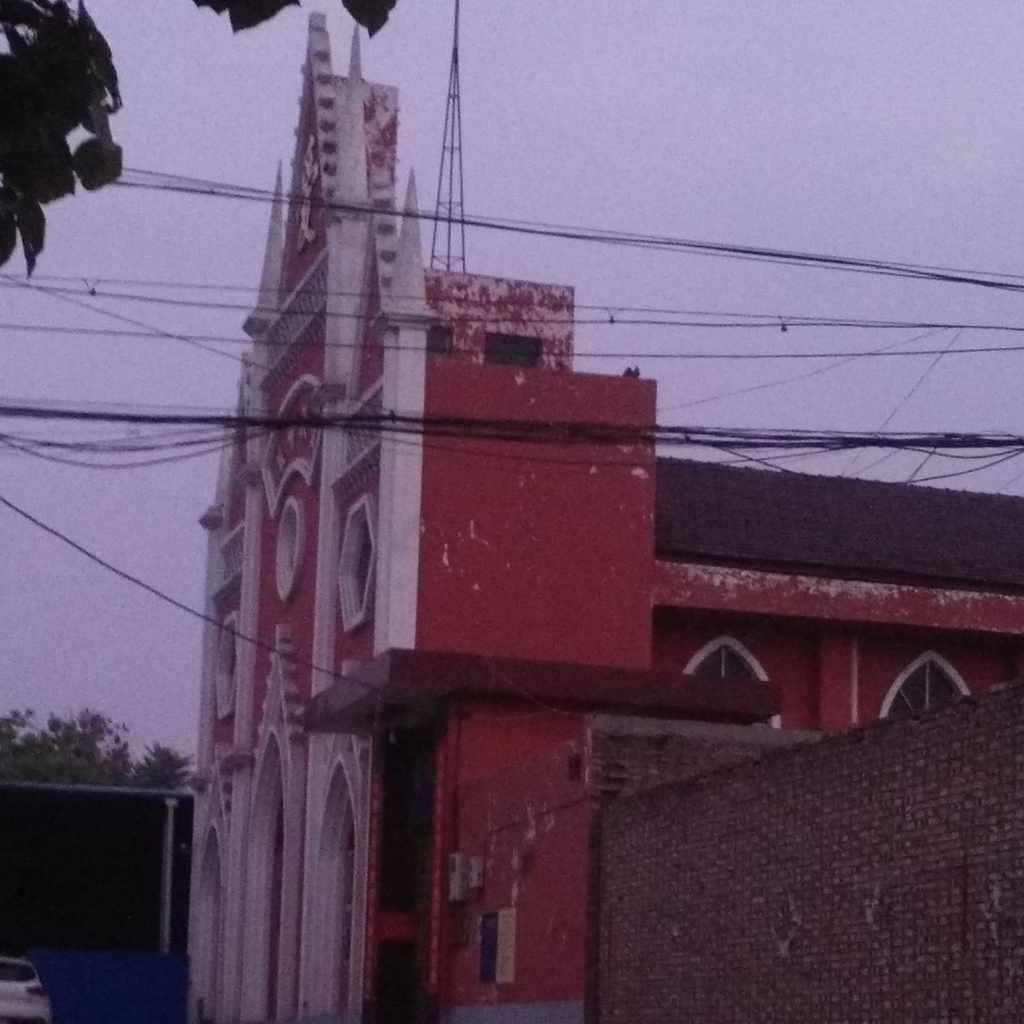 No cross on Dongcun Church in Xicun town
