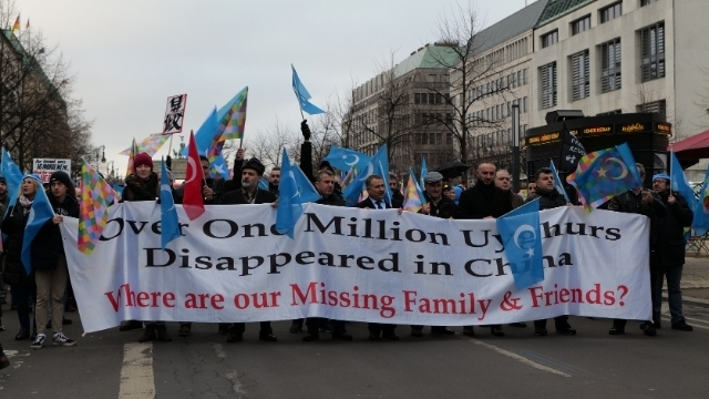 File:Demonstration for the rights of the Uyghurs in Berlin 2020-01-19 18