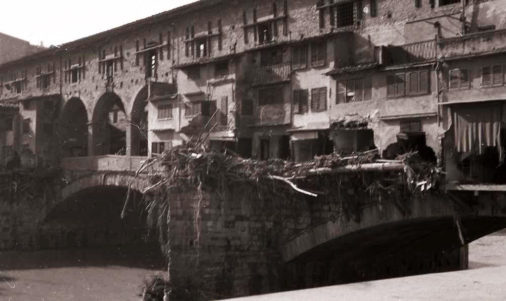1966-11- Alluvione-Pontevecchio 08