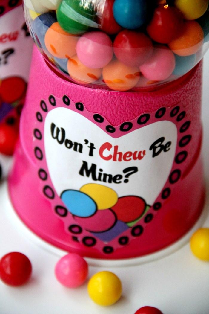 Valentine Bubblegum Machines -  These  DIY bubblegum machines are sure to make your Valentine smile!! They're so easy to make!