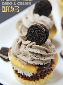 Peanut Butter Oreo & Cream Cupcakes