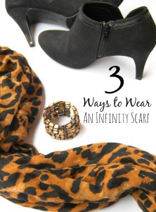 3 Ways to Wear an Infinity Scarf