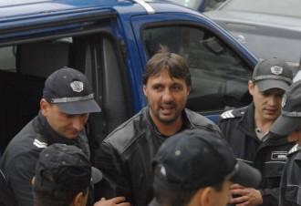 Бившият гард на Митьо Очите псува и нападна репортер на Биволъ в Поморие