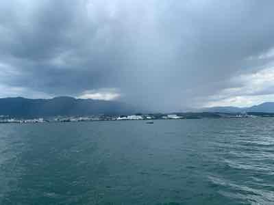 8月12日琵琶湖ガイドは日替わりパターンに苦戦しゲリラ豪雨と雷にもヤラレて更に苦戦
