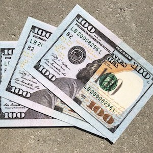 $100 realistic dropcard