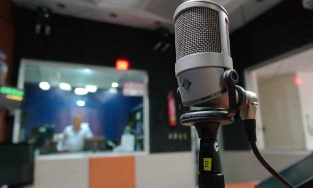 Helpful Career, Biz Tips from UCLA's Longtime Broadcaster