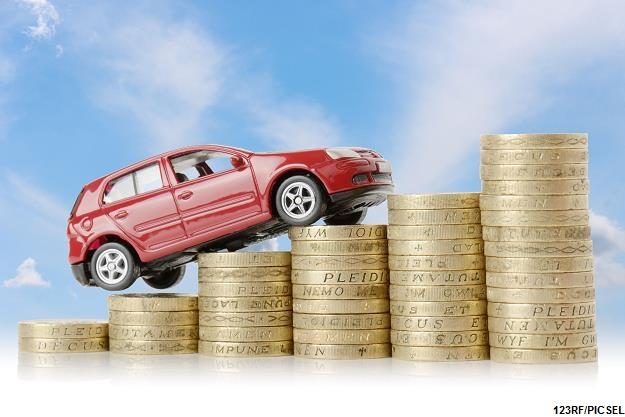 Pracownik, służbowy samochód i przychód podatkowy