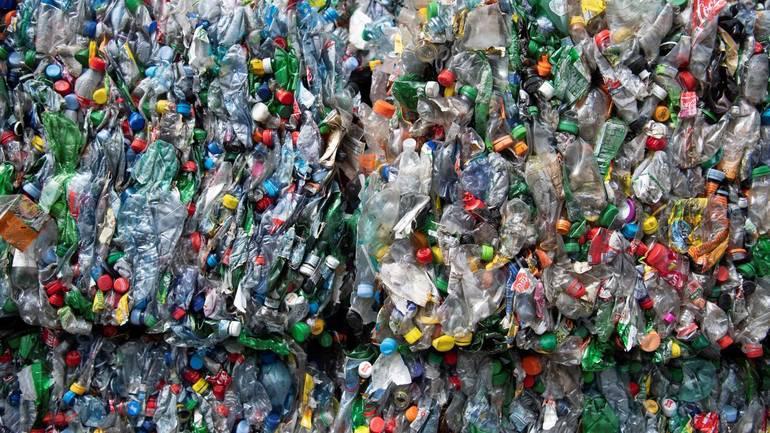 Diesel i benzyna z plastikowego odpadu?