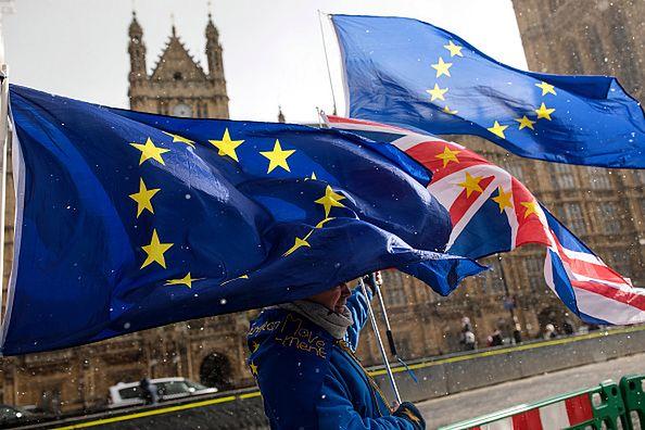 Brexit. Wielka Brytania opuszcza UE – poradnik dla przedsiębiorców i praktyczne porady ze strony MR