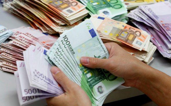 """""""Çmendet"""" euro, ja me sa lekë u këmbye sot"""