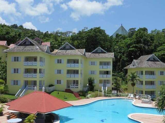 Purchase an entire apartment block of approx. 7,500 sq. ft. at Mystic Ridge Resort in the tourism mecca of Ocho Rios