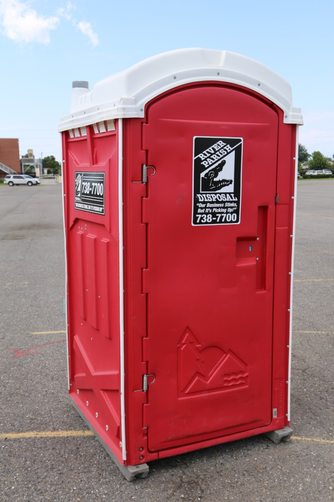 porta potty rental picture