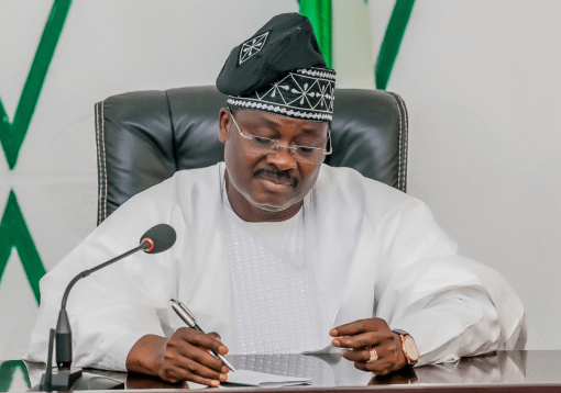 Oyo State Governor Abiola Ajimobi woos Chinese investors