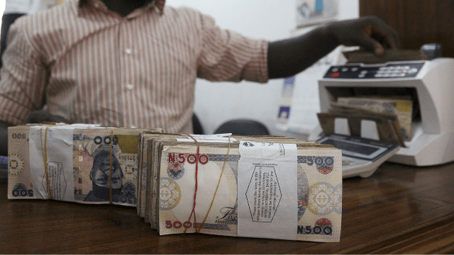 Naira Gains, Exchanges For 490/$ From 500/$
