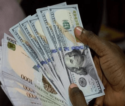 Naira Sinks Lower At Parallel Market, Exchanges At ₦473/$1