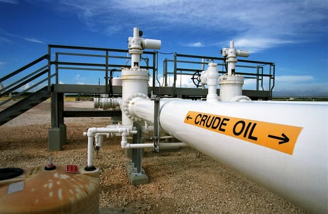Crude Oil Price Soars Past $70