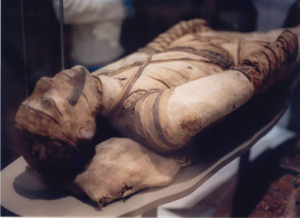 Mummy_at_British_Museum