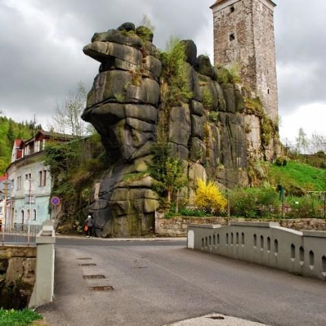 Z hradu v Nejdeku sa zachovala iba veža.