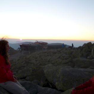 Júlia si pripomína západ slnka a historické rozpustenie vrkoča spred 16! rokov.