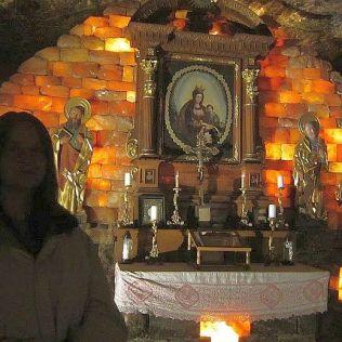 V jednej zo sál bol oltár s obrazom p. Márie a aj ďalšie obrazy. Stála teplota a vlhkosť udržujú obrazy v neporušenom stave.