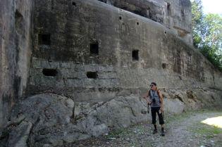 Pevnosť Garda, viac ako mohutná.