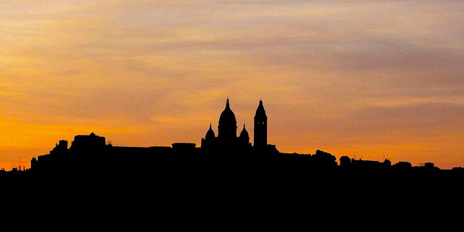 Sacre Coeur Silhouette