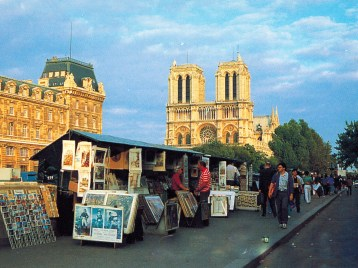 Notre Dame Cathedral - Paris, France - News Stands