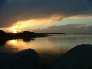 Skyen i Simrishamn, efter solnedgang. Foto: Birgit Heie og Jakob Rung